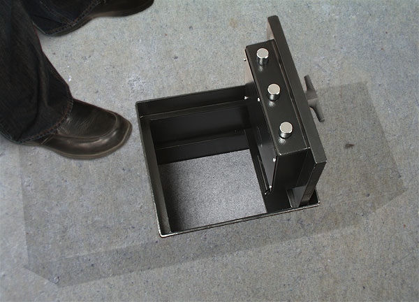 Floor safes for Hidden floor safe